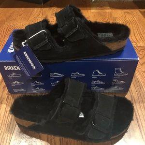 Birkenstock Arizona Fur Black Size 7 Narrow new